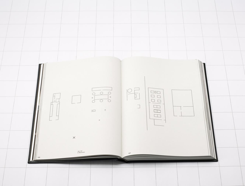 Sorteras Under: Le Travail / Björn Lövin